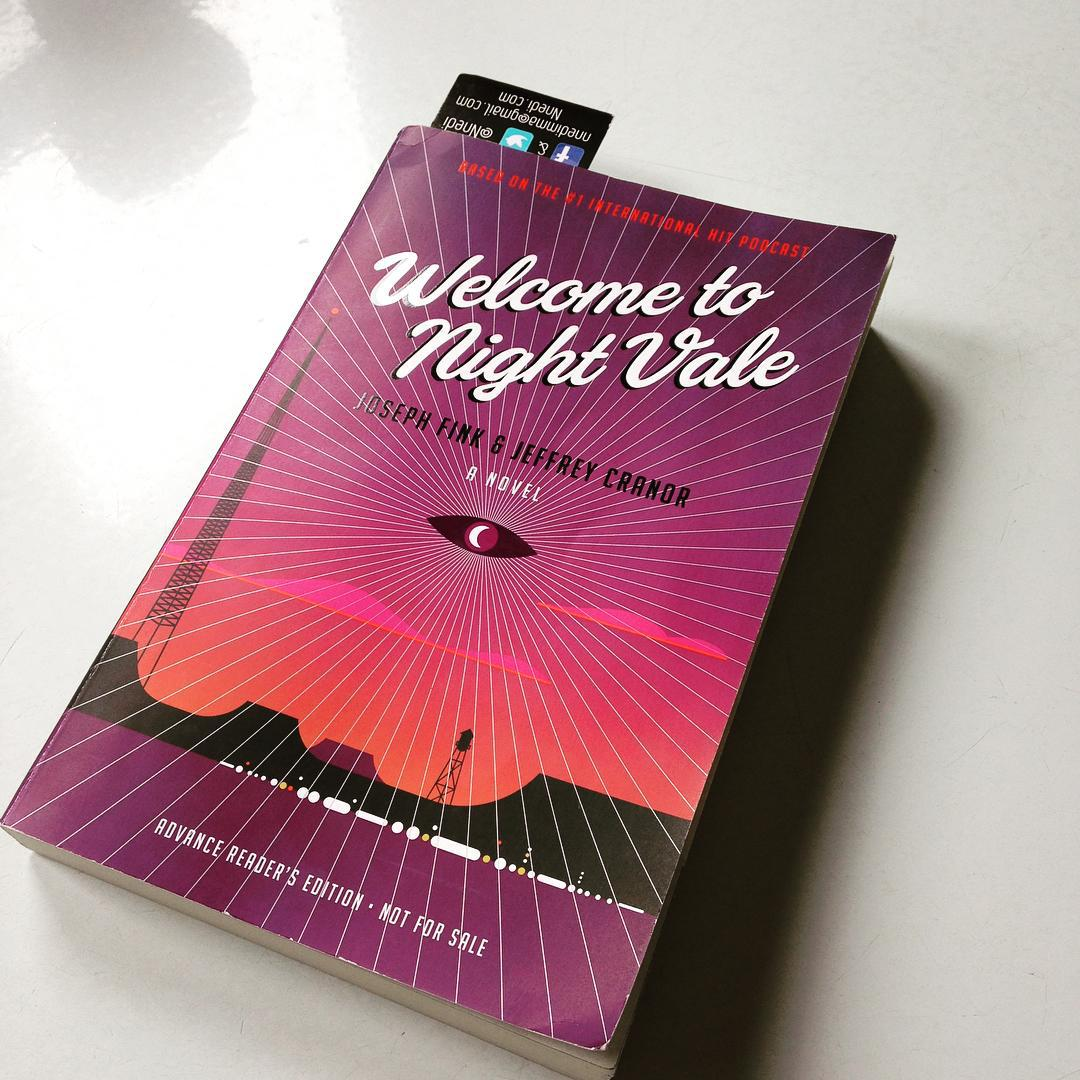 The ominous magenta and orange cover of WELCOME TO NIGHT VALE
